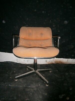 Fauteuil vintage Charles Pollock