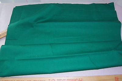 Vtg 100% Cotton Percale Applique Quilt Doll Dress Fabric 36w JUST GREEN