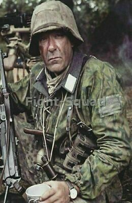 WW2 Picture Photo German Soldier with full gear  2713