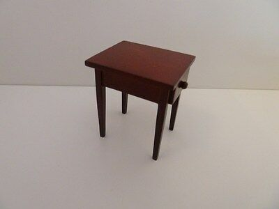 Dolls House Miniature 1:12th Scale Mahogany Side Table Lounge Bedroom Furniture