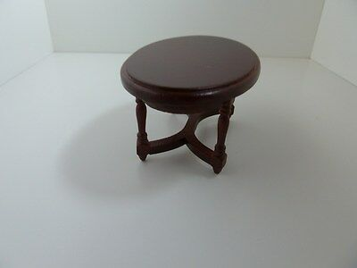 Dolls House Miniature 1:12th Scale Mahogany Oval Coffee Table Lounge Furniture