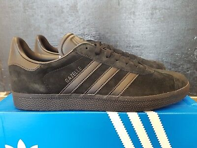more photos e1368 84fe5 New In The Box Adidas Gazelle Cq2809 Black Black Suede Sneaker For Men
