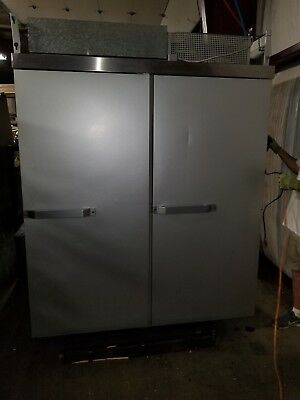 Hobart QE2 Roll Through 4 Door Commercial Refrigerator and/or Freezer