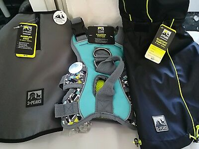 3 peaks dog harness and 2 coats size small
