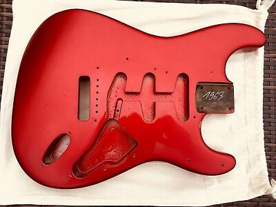Altes Fender Stratocaster Body Candy Apple Red. 63 RI SSS One Piece