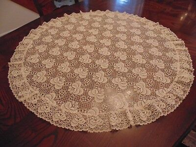 Charming Round Lace Tablecloth, Ivory/soft Yellow Flowered Design