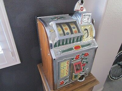 Vintage 1930s Casino Played Mills Poinsettia Nickel Slot Machine Mint Condition