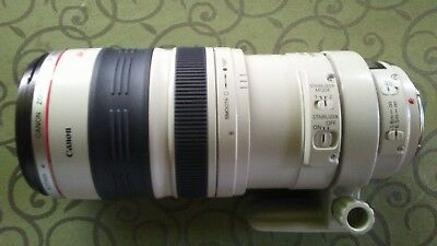Canon EF 100 mm - 400 mm F/4.5-5.6 EF USM IS For Canon with case