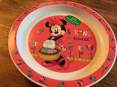 """BNWT Disney Minnie Mouse Pink Plastic 8.5"""" Plate Microwave Safe Spring Easter"""