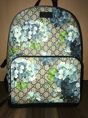 UNISEX GUCCI GG Supreme Blooms Backpack With Tags - £460.00 ... db17fc330e0eb