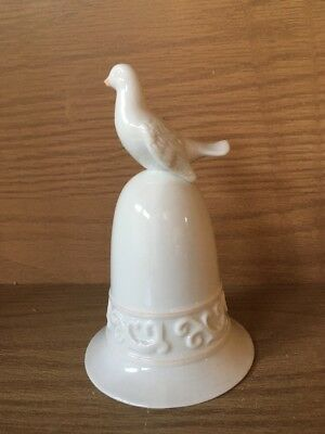 Vintage 1981 AVON TAPESTRY Collection Cream Colored Porcelain Bell Dove on Top