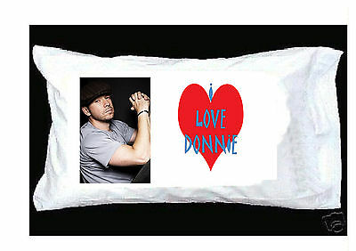 I LOVE DONNIE WAHLBERG WHITE PILLOWCASE WITH RED HEART New Kids on the Block