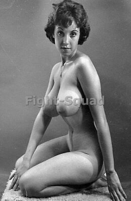 Picture Photo Photo Erotic antique vintage pinup with Big Breasts 2 2734