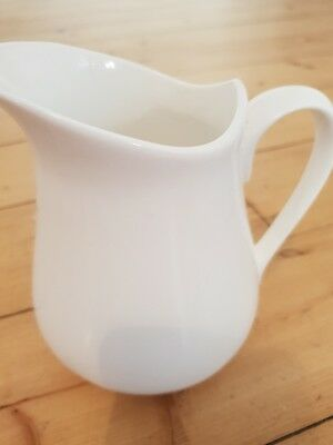Classic & versatile Maxwell & Williams white medium porcelain jug, 12.5cm high