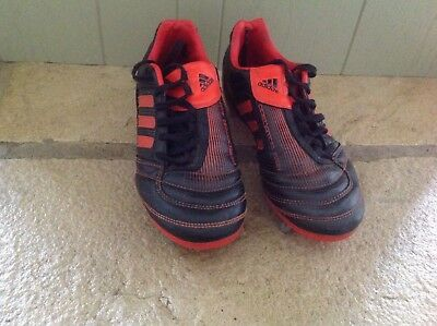 ADIDAS PREDATOR RUGBY BOOTS SIZE UK 4 in very good condition