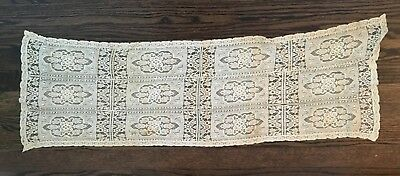 Gorgeous Antique Ivory Handmade Lace Runner Scarf Doilie 39.5 x 12