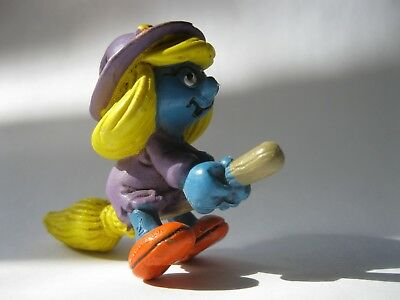 "SMURFETTE AS WITCH stamp W. Berrie Peyo 1982 plastic Smurfs figurine about 2"" hi"