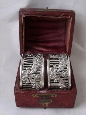 """Pretty Pair of Antique Victorian """"Swags"""" Solid Silver Napkin Rings 1899/H 2.2cm"""
