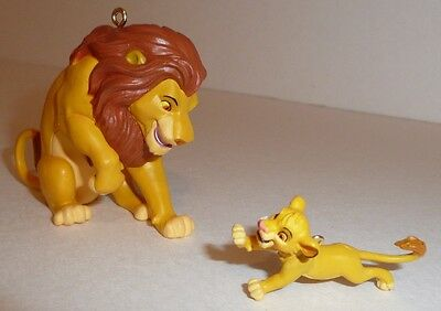 Disney Store Authentic The Lion King Simba Christmas Holiday
