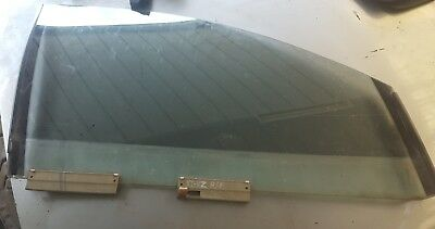 Holden Commodore Vt Vx Vy Vz Right Hand Front Window Glass
