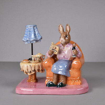 Royal Doulton Bunnykins, Mrs Collector Bunnykins, DB 335, Limited BOX