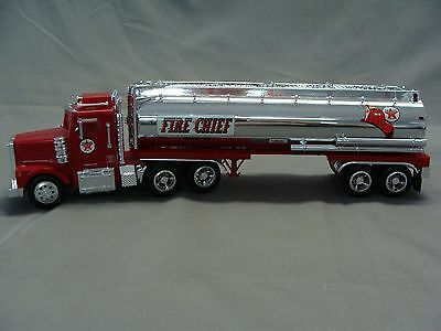 1997 Texaco Fire Chief Toy Tanker Truck Bank,  1:32 Scale, Made by Taylor Trucks