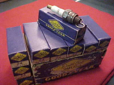 Vintage New Old Stock GOODYEAR DOUBLE EAGLE Spark Plugs 24 [ 9 pack in box ]