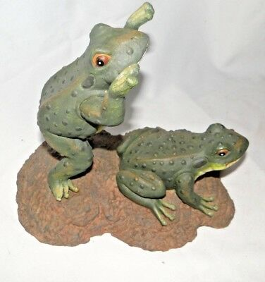 Leaping Green Resin Two Frogs Garden Statue Figurine - New