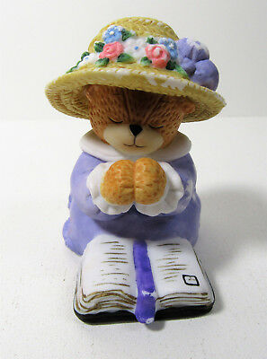 Lucy & Me ~ Praying Reading Bible ~ Enesco Rigg Teddy Bear Figurine AS IS