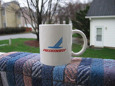 Rare vintage ceramic coffee mug for historic airline PIEDMONT great condition