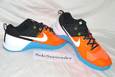 Men s Nike Metcon 1 - CHOOSE SIZE - 704688-801 Orange White Black Blue One 26774c2a8