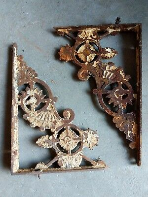 Set Of 2 Cast Iron Victorian Eastlake Brackets Shelf Ornate Chippy Paint Antique