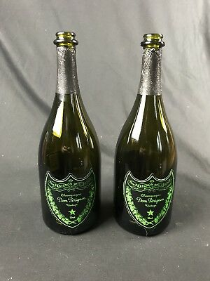 2x Dom Perignon Champagner 0,7l Flaschen leer Deko Bar EMPTY LED Luminous grün