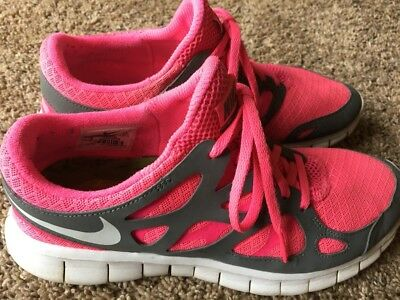 3cce85beca73b NIKE FLEX RUN Women s Pink Green Athletic Running Shoes Size 8 ...