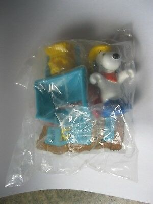 SNOOPY'S HAY HAULER 1989 McDonald's Happy Meal toy PEANUTS new in plastic bag