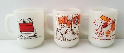 Lot of 3 Vintage Snoopy Fire King Milk Glass Coffee Cup/Mugs