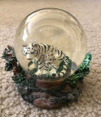 Siegfried and Roy White Tigers Glitter Globe