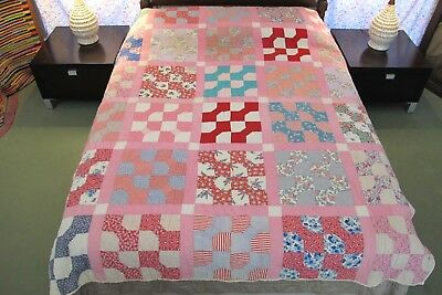 """STRIKING Vintage All Cotton Hand Sewn BOW TIE QUILT, Good Condition; 84"""" x 69"""""""