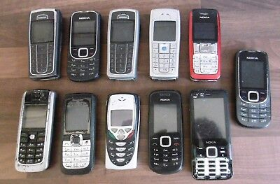 JOB LOT OF 12 x VINTAGE NOKIA MOBILE PHONES - FOR PARTS SPARES COLLECTING ONLY