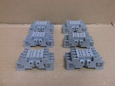 SY4S-05 IDEC 4PDT 7A 14 Blade DIN Rail Mount Relay Socket SY4S05