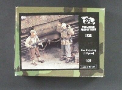 Verlinden 1/35 Scale Give it up Jerry (2 Figures)  Item No. 1732