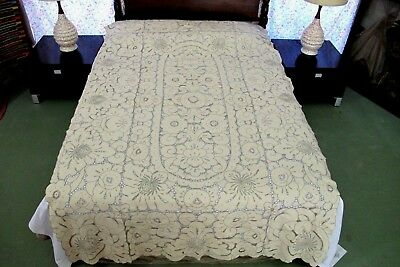 """Vintage MADEIRA Ecru Taupe Cutwork Linen Hand Embroidered TABLECLOTH, 98"""" x 60"""""""