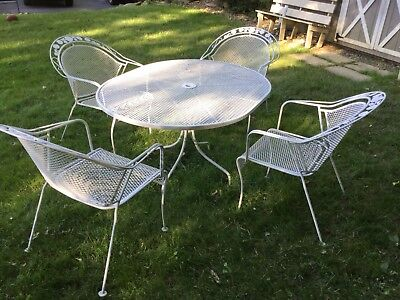 Vintage Retro Wrought Iron Oval Table & 4 Round Back Chairs Flower Motif