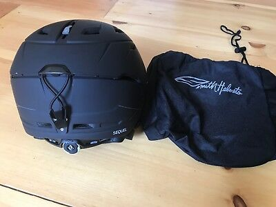 763541172083a SMITH OPTICS SEQUEL Adult Ski Helmet - Matte black- medium with bag ...