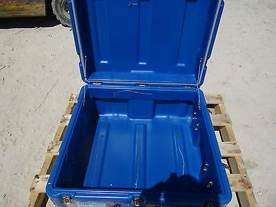Pelican Hardigg Storage Container Case Tool Box Transport Chest 26 X 25.5 X 14