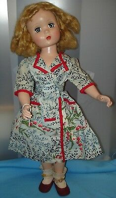 20 inch Hard Plastic Madame Alexander Maggie Face Doll Vintage 1950's