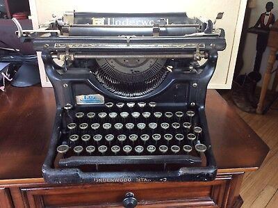 1931 Underwood Typewriter Model  6