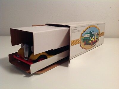 1982/83 THE FIRST HESS TRUCK excellent condition in original box with inserts