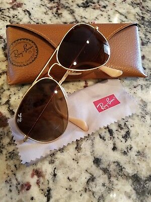 Womens Authentic Ray-Ban Aviator