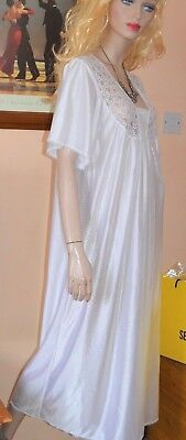 White vintage glossy silky long chemise night gown uk 14-16